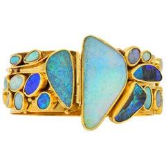 Vincent Ferrini Contemporary Opal 18 Karat Gold Bangle Bracelet