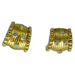 Vintage 0.80 Carat Large Diamonds Clip Earrings 14k Yellow Gold