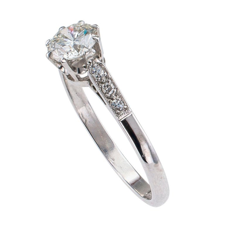 Modern Vintage 0.85 Carat Diamond Solitaire Platinum Engagement Ring For Sale