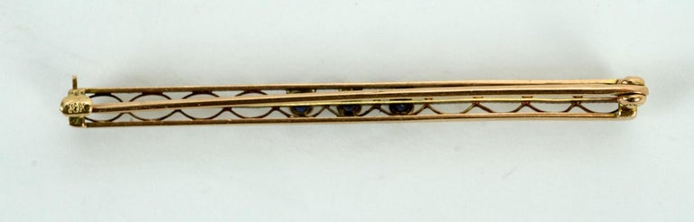 Art Deco Vintage 10 Karat Yellow Gold, Diamond and Seed Pearl Bar Pin or Brooch For Sale