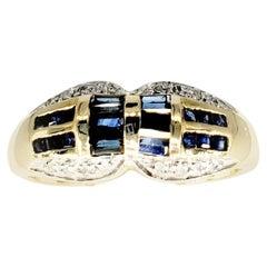 Vintage 1.00 Carat Blue Sapphires and White Diamonds 14 Karat Gold Ring