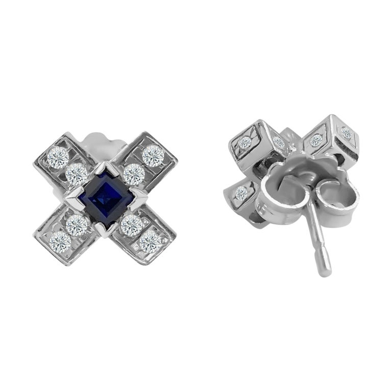 Round Cut Vintage 1.00 Carat Diamond and Blue Sapphire Stud Earrings For Sale
