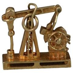 Vintage 14 Carat Gold Oil Rig Shaped Pendant or Charm