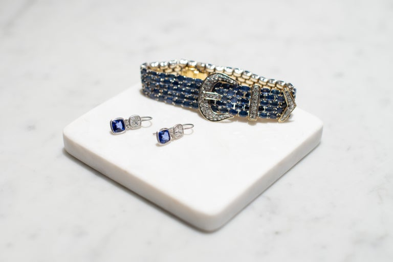 This vintage 14k and Sterling Silver Diamond Sapphire Mesh Bracelet is graceful and striking. A true example of superior craftsmanship and design.  It stands alone in its uniqueness and is a marvel to admire.   It is crafted in 14kt and Sterling