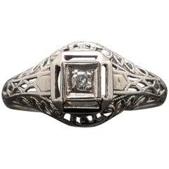 Vintage 14 Karat White Gold Art Deco Diamond Ring