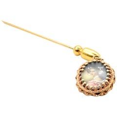 Vintage 14 Karat Yellow Gold Cameo Pin
