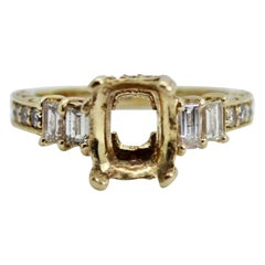 Vintage 14 Karat Yellow Gold Ring with Approximately 0.45 Carat Total Weight