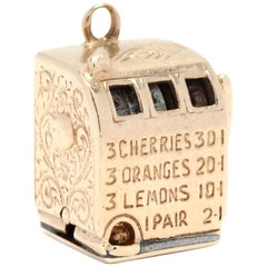 Vintage 14 Karat Yellow Gold Slot Machine Charm