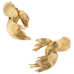 Vintage 14-Karat Yellow Gold Swirled Frond Pair of Clip-On Earrings