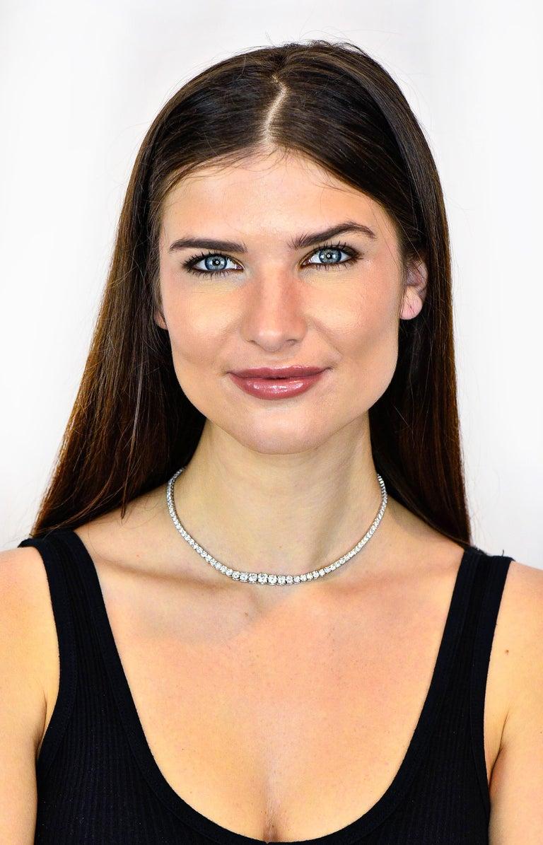 Vintage 14.00 Carat Graduated Diamond Platinum Riviera Necklace For Sale 5