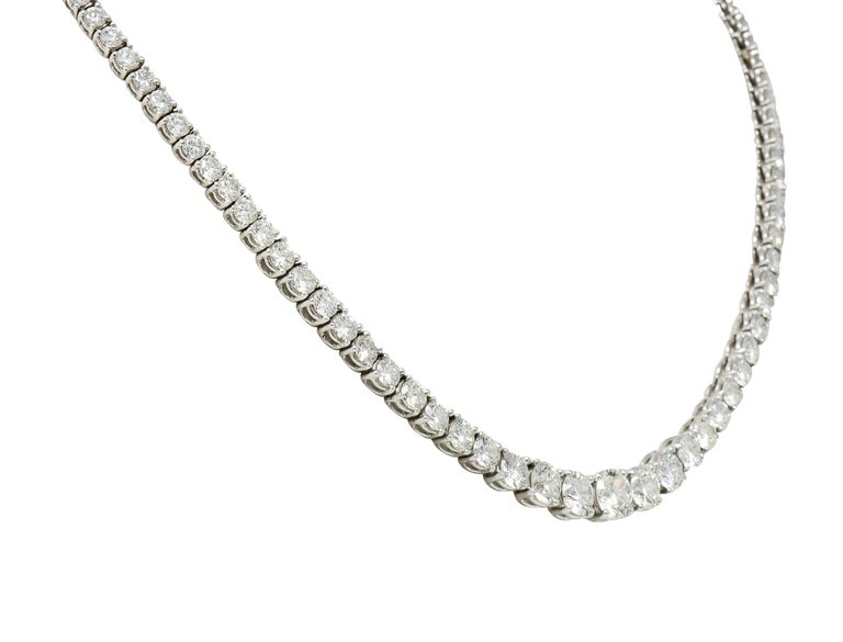 Vintage 14.00 Carat Graduated Diamond Platinum Riviera Necklace In Excellent Condition For Sale In Philadelphia, PA