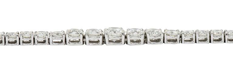 Vintage 14.00 Carat Graduated Diamond Platinum Riviera Necklace For Sale 3