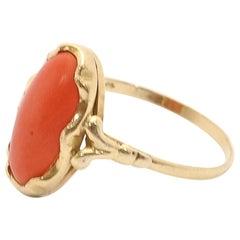14 Karat Gold Red Coral Cabochon Fashion Ring