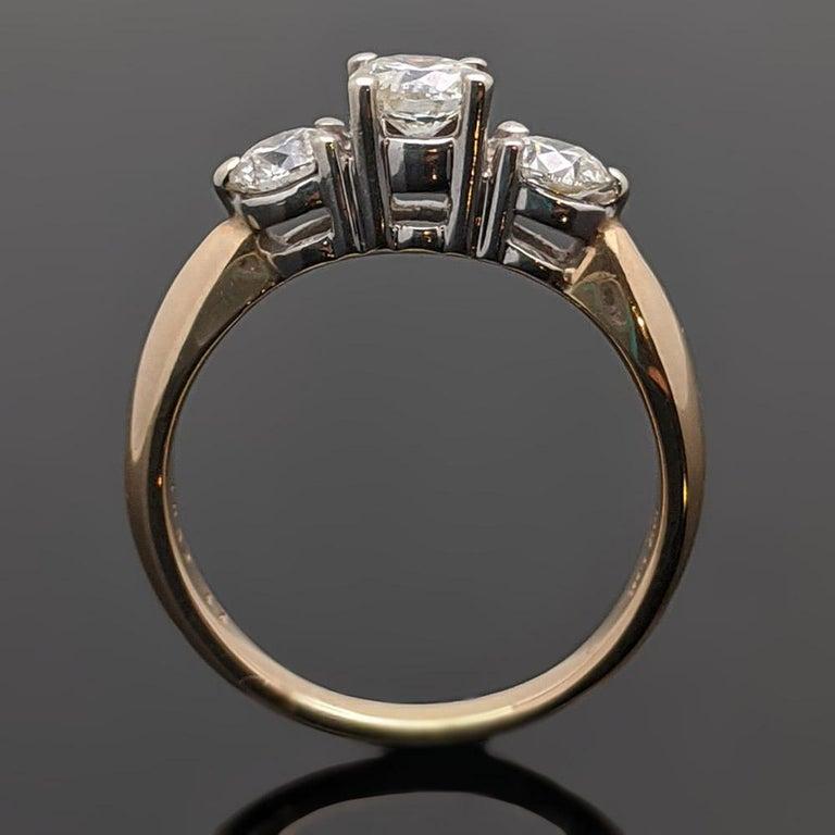 Women's Vintage 14 Karat Yellow Gold Diamond Ring For Sale