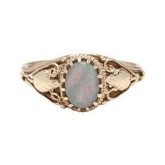 Vintage 14KT Yellow Gold, Opal Leaf Motif Ring