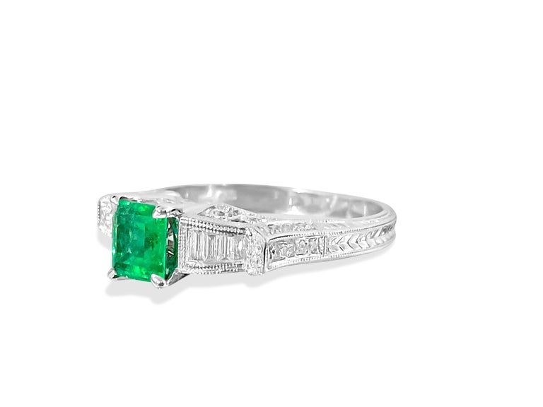 Princess Cut Vintage 1.50 Carat Colombian Emerald Diamond Cocktail Engagement Ring For Sale