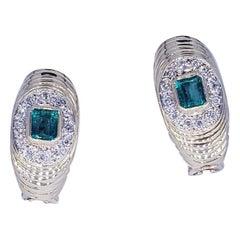 Vintage 1.50 Carat Emerald and Diamonds 18 Karat Gold Cluster Earrings