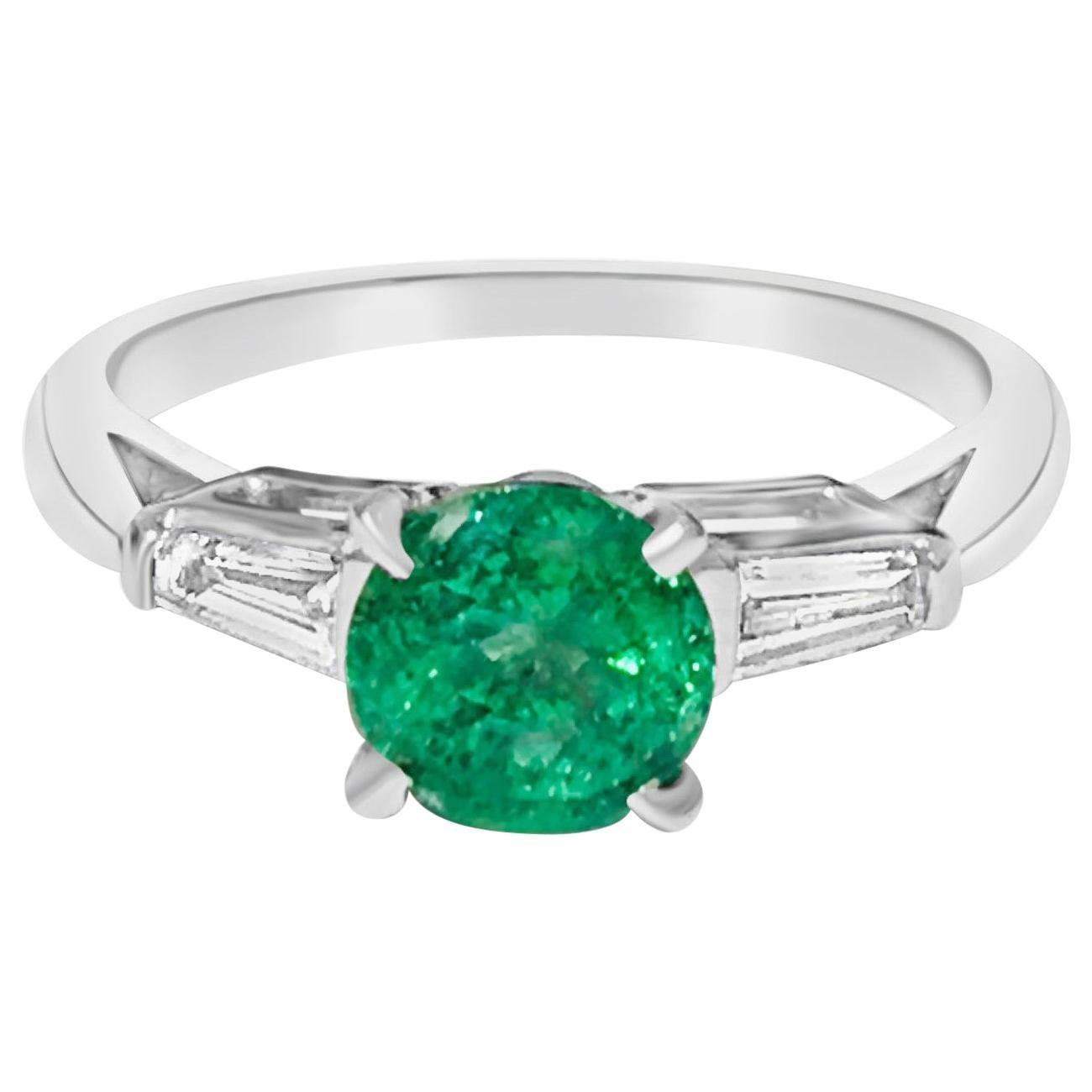 Vintage 1.50 Carat Natural Emerald Diamond Cocktail Engagement Ring