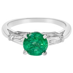 Vintage 1.50 Carat Natural Emerald Diamond Cocktail Engagement Ring