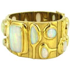 Vintage 17 Opals Large Bracelet Bangle by BURLE MARX, 18kt yellow gold circa 196