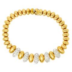 Vintage 1.75 Carat Pave Diamond 18 Karat Yellow Gold Oval Link Bracelet