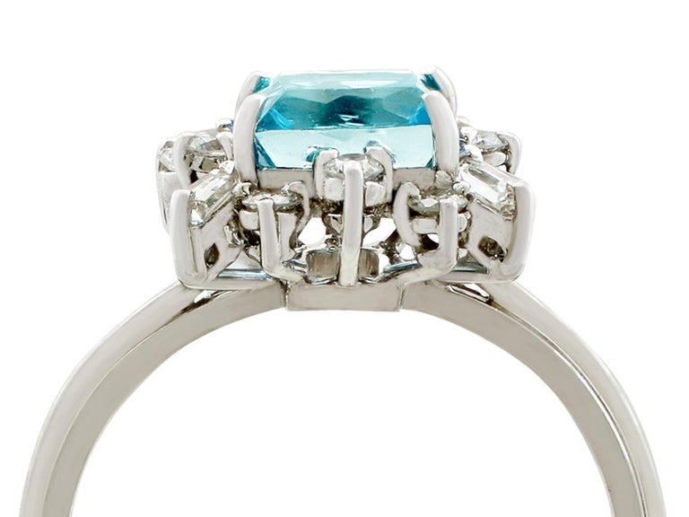 Vintage 1.77 Carat Aquamarine Diamond White Gold Cocktail Ring In Excellent Condition For Sale In Jesmond, Newcastle Upon Tyne