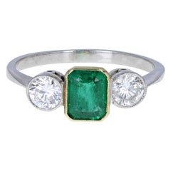Vintage 18 Carat Gold Emerald Diamond Three-Stone Trilogy Ring