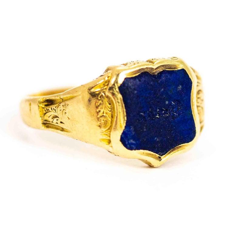 Vintage 18 Carat Gold Lapis Lazuli Shield Signet Ring 2