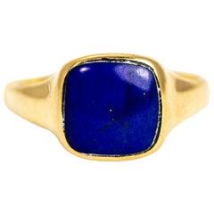 Vintage 18 Carat Gold Lapis Lazuli Signet Ring