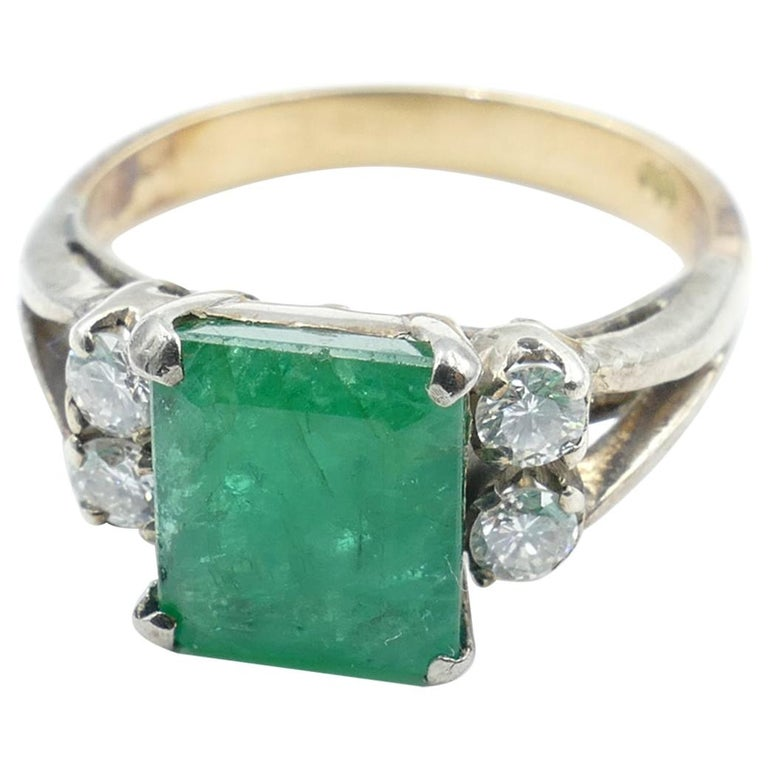 Vintage 18 Carat Rose and White Gold Emerald and Diamond Dress Ring For Sale