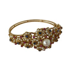 Vintage 18 Carat Yellow Gold Blue and Pink Sapphires with Pearl Embellishment