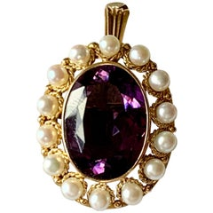 Vintage 18 K Yellow Gold Victorian Inspired Brooch/Pendant Amethyst and Pearls