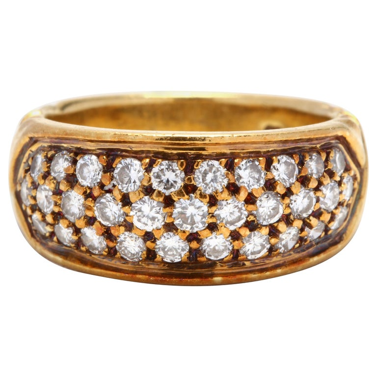 Vintage 18K Yellow Gold and Diamond Band For Sale