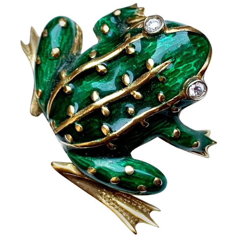 Vintage 18 Karat Gold Brilliant and Enamel Frog For Sale