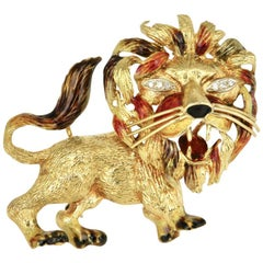 Vintage 18 Karat Gold Enamel and Diamond Lion Novelty Brooch Pin