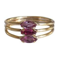 Vintage 18 Karat Gold Garnet Harem Style Ring