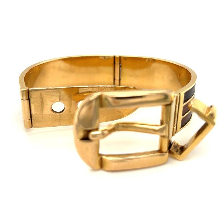 Modern Vintage 18 Karat Gold Gucci Wood Buckle Bracelet For Sale