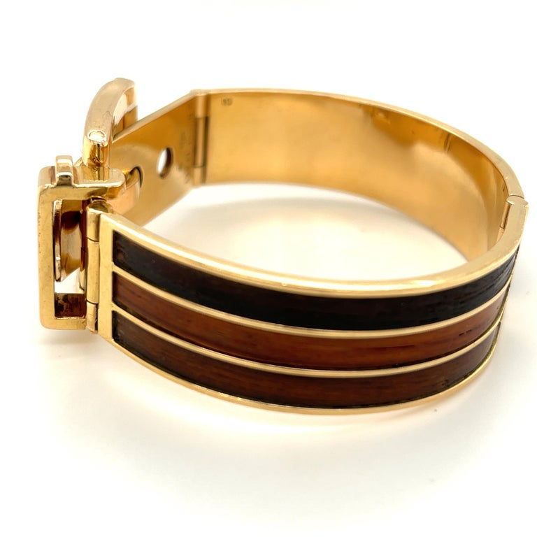 Vintage 18 Karat Gold Gucci Wood Buckle Bracelet In Good Condition For Sale In New York, NY