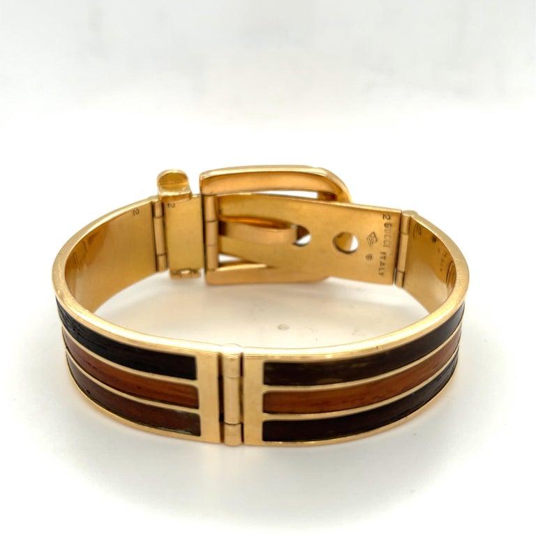 Women's or Men's Vintage 18 Karat Gold Gucci Wood Buckle Bracelet For Sale
