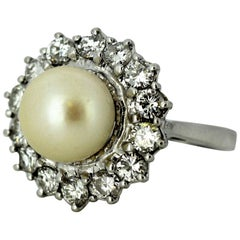 Vintage 18 Karat Gold Ladies Ring with Freshwater Pearl and Diamonds, 1950s