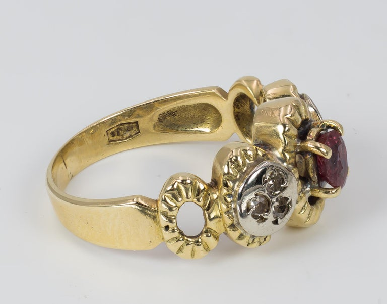 Vintage 18 Karat Gold, Ruby and Diamond Ring, 1970s In Good Condition For Sale In Bologna, IT