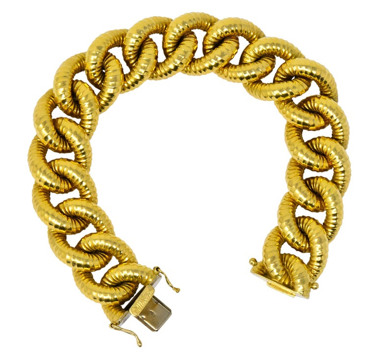 Vintage 18 Karat Gold Textured Curb Link Bracelet 2