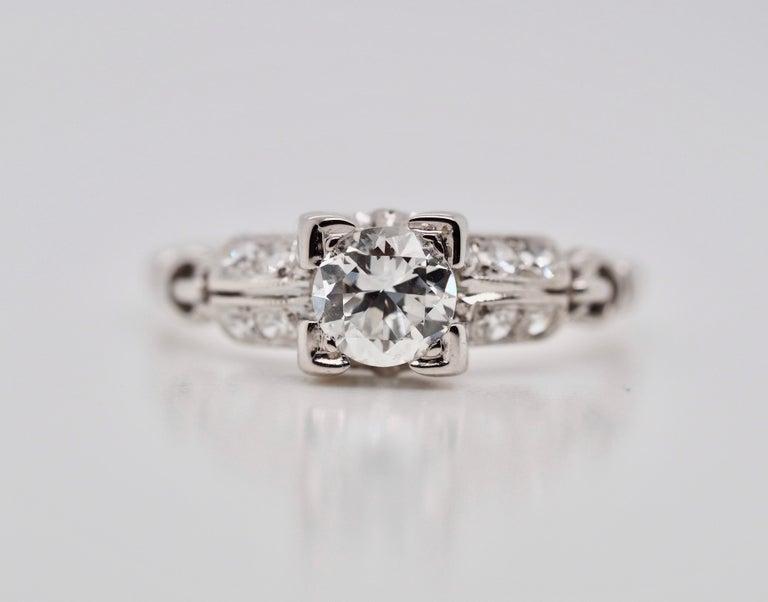 Round Cut Vintage 18 Karat White Gold Round Brilliant Cut Diamond Ring For Sale