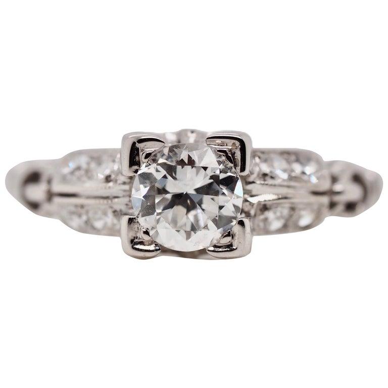 Vintage 18 Karat White Gold Round Brilliant Cut Diamond Ring For Sale