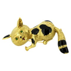 Vintage 18 Karat Yellow Gold and Enamel Cat Brooch, France, 1950s