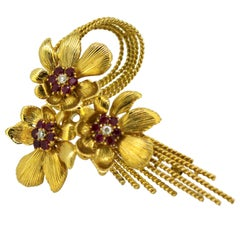 Vintage 18 Karat Yellow Gold Brooch with Diamonds and Rubies
