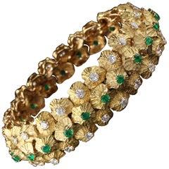Vintage 18 Karat Yellow Gold Diamond and Emerald Bracelet