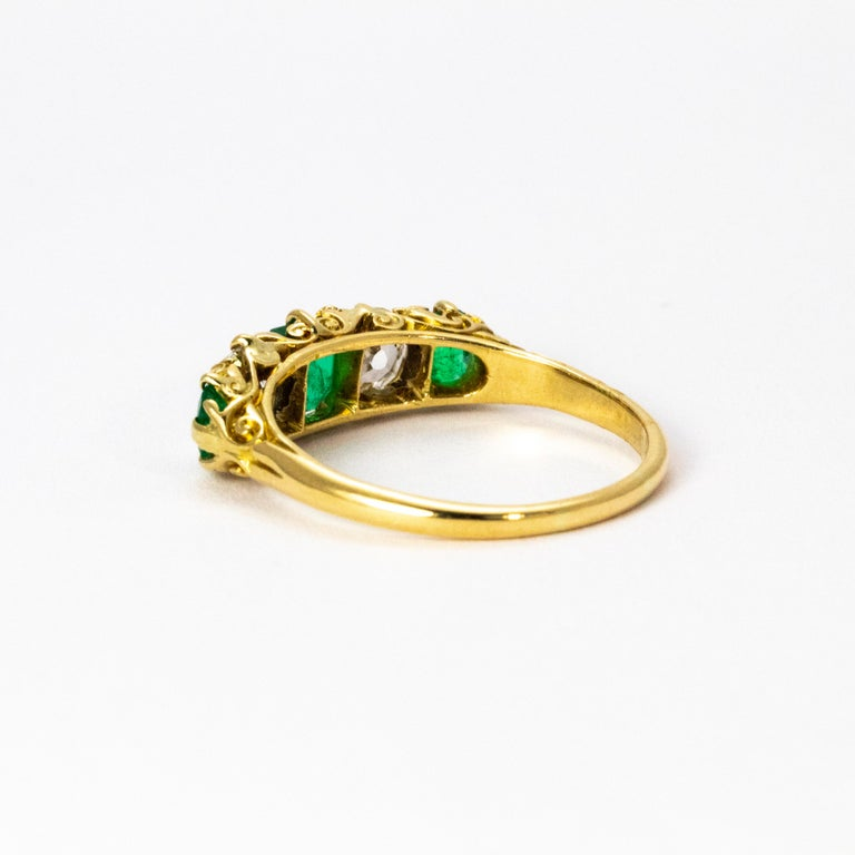 Late Victorian Vintage 18 Karat Yellow Gold Diamond and Emerald Five-Stone Ring For Sale