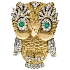 Vintage 18 Karat Yellow Gold Diamond Owl Brooch