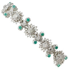 Vintage 1.80 Carat Emerald and 2.86 Carat Diamond White Gold Bracelet circa 1950